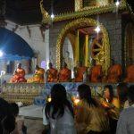 タイ ペッチャブーン マカブーチャ(万仏節)は、厳かに執り行われました。